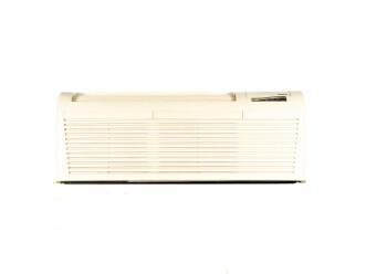 McQuay - Reconditioned 9000 Btu PTAC unit - Better-class - Electronic Controls - Heat Pump - 20 a - 208v-230v